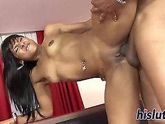 foxy hussy has her wet pussy nailed