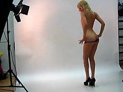 annasmilevebkam model photoshoot
