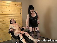 sensual torture by mistress sarah kelly - screaming bitch