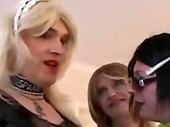 crossdresser party