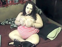 Wet young MILF plays with clamps VERY HOT
