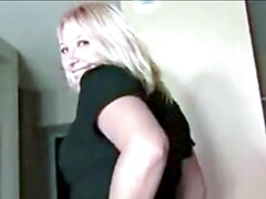 British slut pissing and farting for the camera