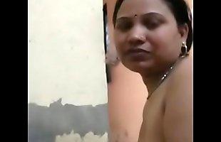 desi indian couple romance wife give a nice blowjob