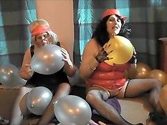 KINKY GILFS WITH BALLOONS!