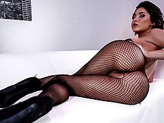 Aleksa Nicole & Prince Yashua in Fuck My Fishnets - Brazzers