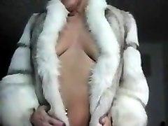 cougar in a fur coat gets jizzed