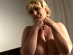 mature lady loves veggie in pussy during solo sex