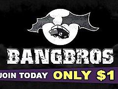 BANGBROS - PAWG Pornstars Kelsi Monroe and Abella Danger Team Up On Jmac