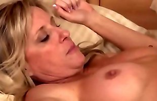 Mom Taboo-My Mom excites me when she sleep naked i can'_t to resist to fuck