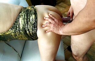 BEAUTIFUL SECRETARY ISSUED BY HER HEAD PRACTICE ANAL SEX