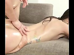 Girl With Bubble Butt Worshipped &amp_ Fucked