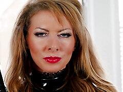 Lynda's Smoking Strap On