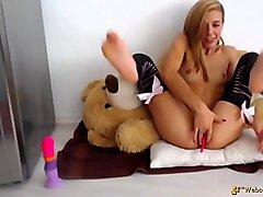 Lovely American Amateur Barely Legal Girl Masturbate Lovense Ohmibod 16594C15980-10066 - HD WebcamSpies.Com