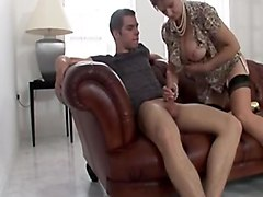 lady sonia fucks a young man!