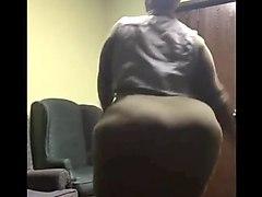 bounce dat phat ass