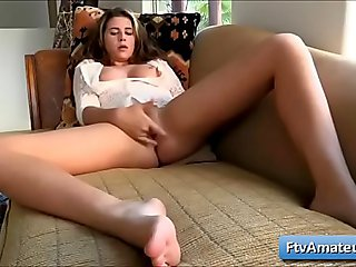 Super cute first timer Aveline finger fuck her juicy bald pussy on the sofa