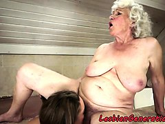 muffdiving babe pleases lesbian grandma