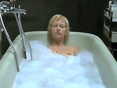 Devot (2003) Annett Renneberg