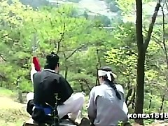 korean amateur teen girl shows fellatio skills