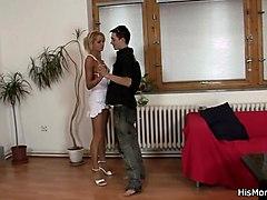 his lesbian mom licks his blonde girlfriend
