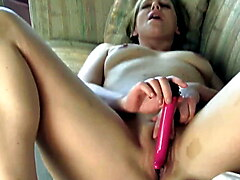 Yanks Lexi's Surprise Squirt