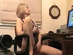 Mature woman with sexy tits and superb hot lingerie perform