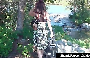 Finger Fucking Housewife Shanda Fay Stuffs Her Pussy Outside