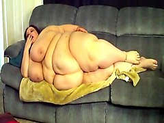 ms x x l ssbbw on sofa