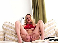 sexy czech chick stretches her narrow twat to the special92e