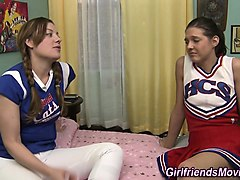 cheerleader eating pussy