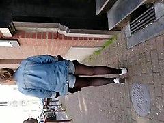 Sexy girl denim short black pantyhose 4