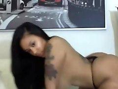 Hot ebony twerk her big ass - Youcamvid.com