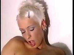 sauna 3some