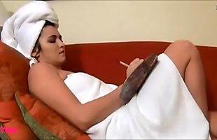 Jovencita se masturba pensando en ti ----->_ https://wishes2.com/bgJp